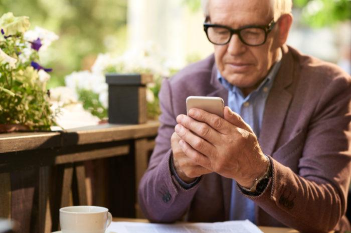 Kommunkiationshilfen für Senioren